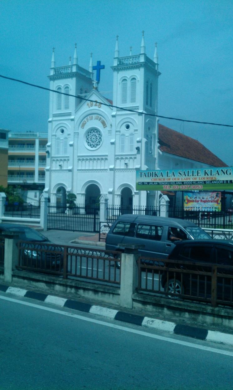 Sebuah Gereja Tua